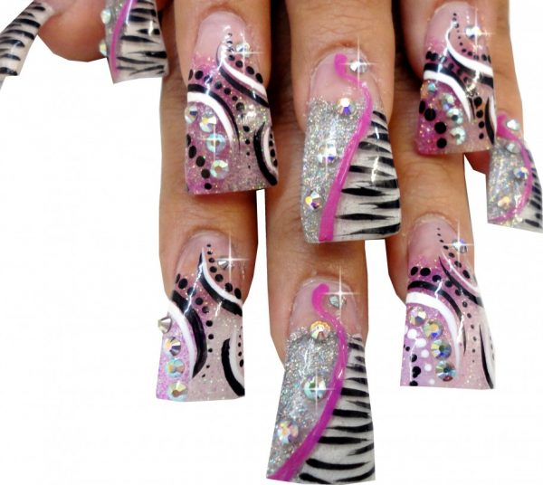 Wonderful-Duck-Flare-Nails-Glamour-Acrylic-Nails-Designs