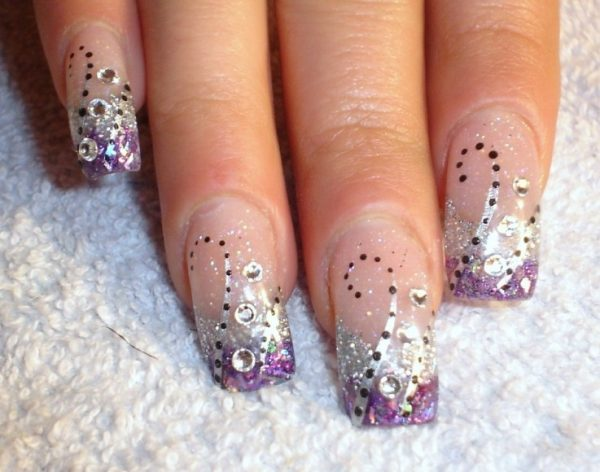 cool-acrylic-nail-designs-237