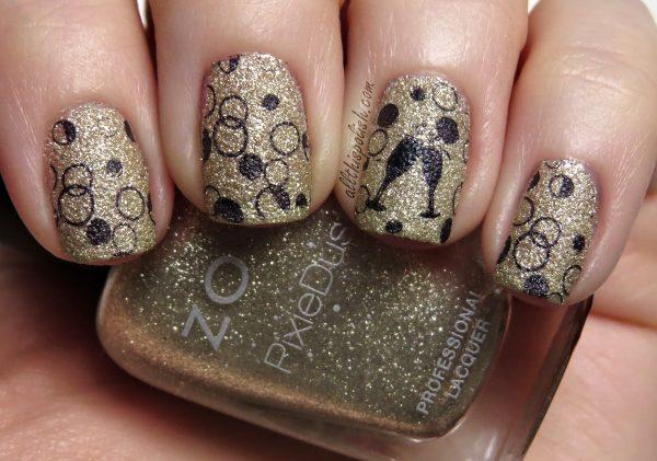 gold nail design 2014