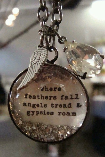 jewels-necklace-wing-feathers-angels-wings-gypsies