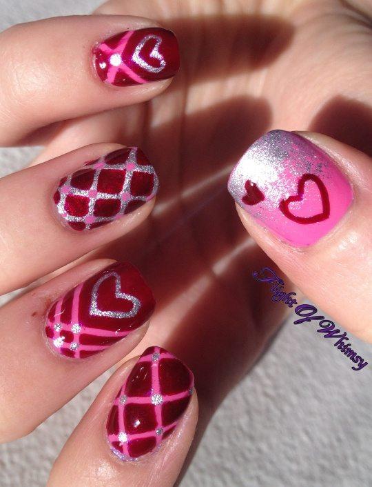 nail art heart valentine