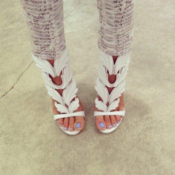 white-shoes-angel-wings-high-heels