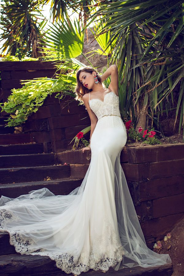 Julie vino Maya wedding dress