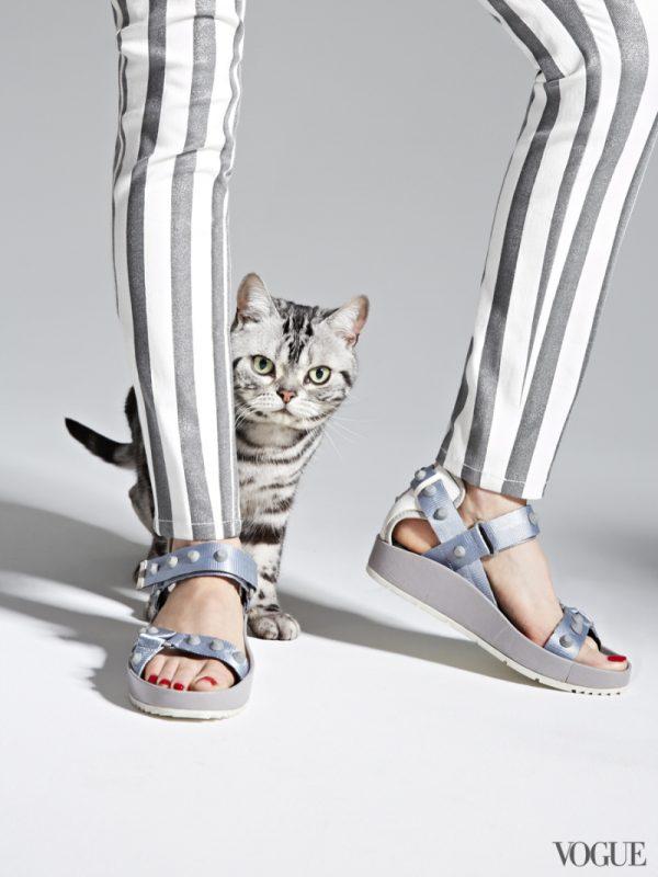 balenciaga-nylon-rubber-and-leather-classic-arena-strap-sandals