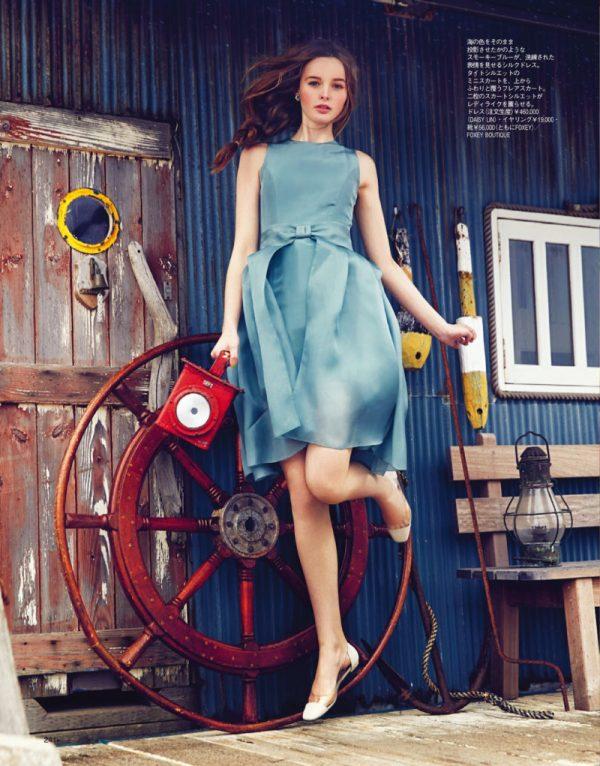 alexandra smit in blue dress