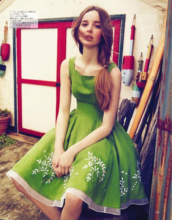 alexandra smit in green dress