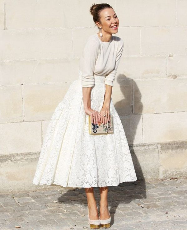 how-to-wear-the-midi-skirt-street-style