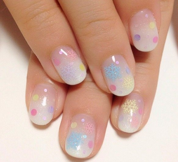 snow flake lovely nail art