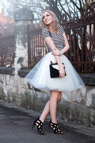 stradivarius-jacket-zara-purse-zara-heels