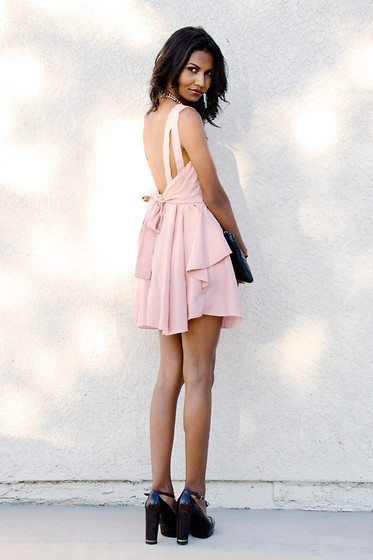 pale pink back bow dress