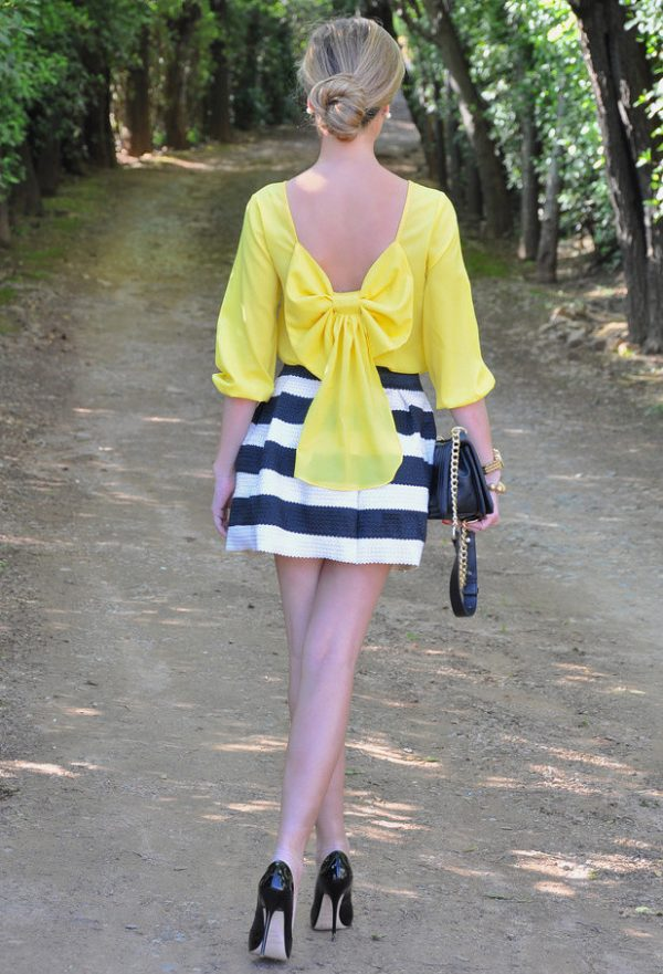 pretty yellow back bow dress