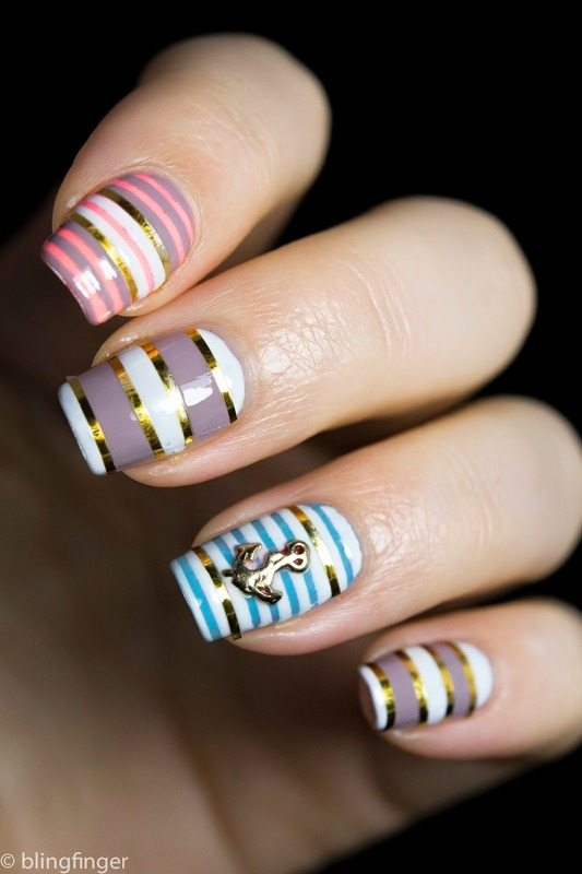 Nautical-Stripes-_nail-art bmodish