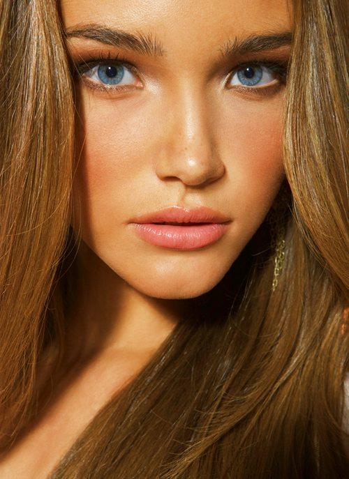 blue eyes natural beauty bmodish