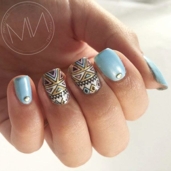 fresh triangle nails bmodish