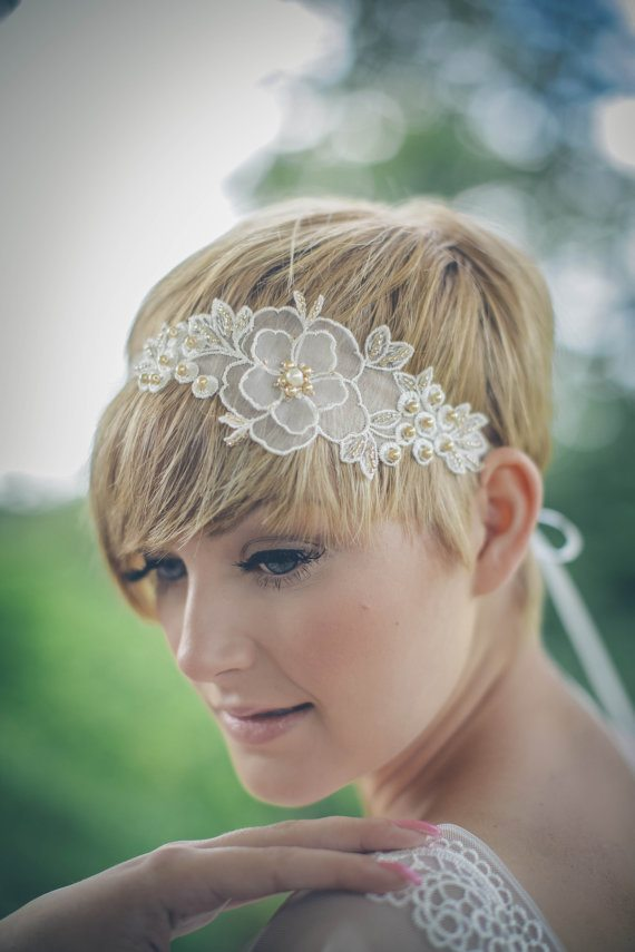 blonde pixie cut wedding hairstyle bmodish