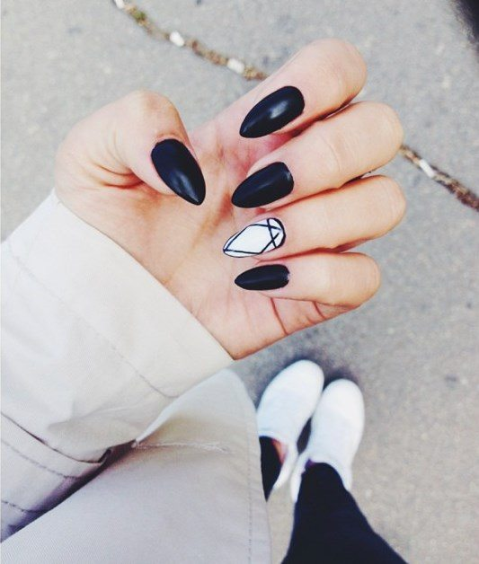 black and white almond nails bmodish