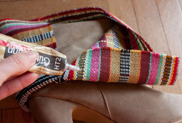 diy-aztec-booties