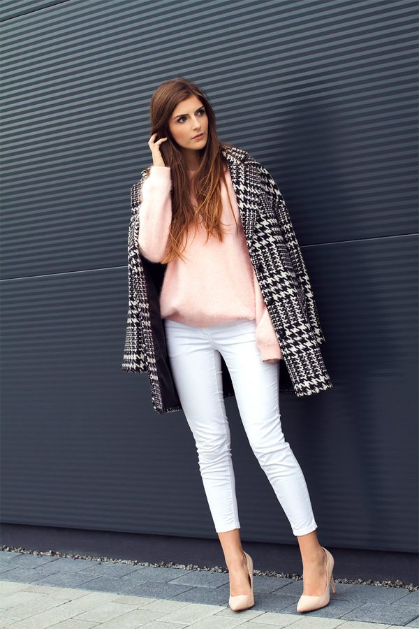 blush pink sweater with houndstooth coat fall fashion bmodish