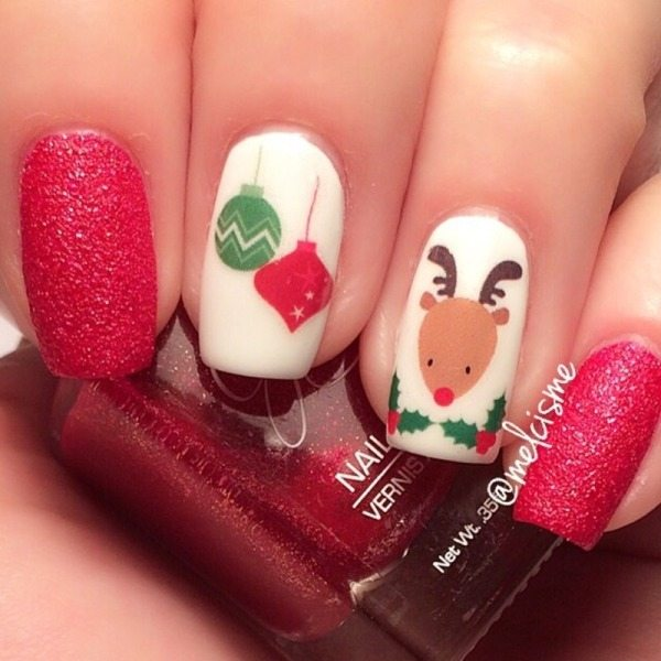 christmas reindeer nail design