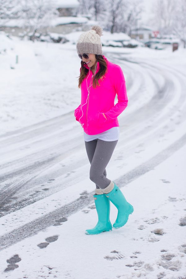 abercrombie-athletics-pink-jacket-grey-leggings-green-boots bmodish