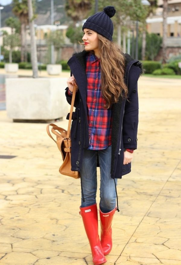 zara-azul-oscuro-hm-abrigos-hunter boots bmodish