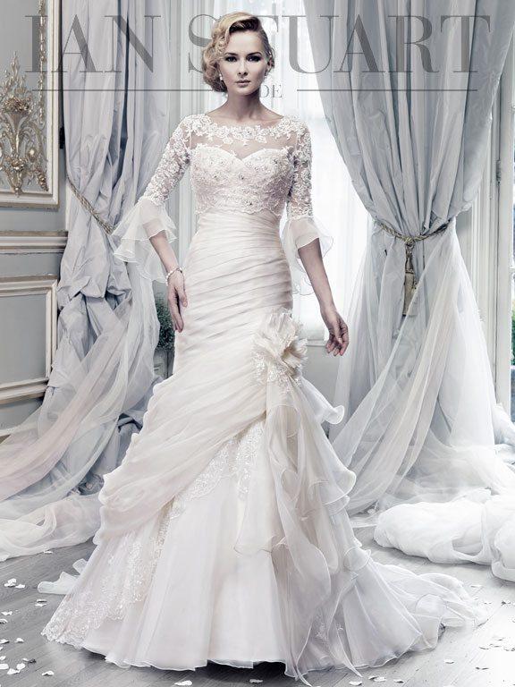 Bewitched_Lace-ivory wedding dress via bmodish