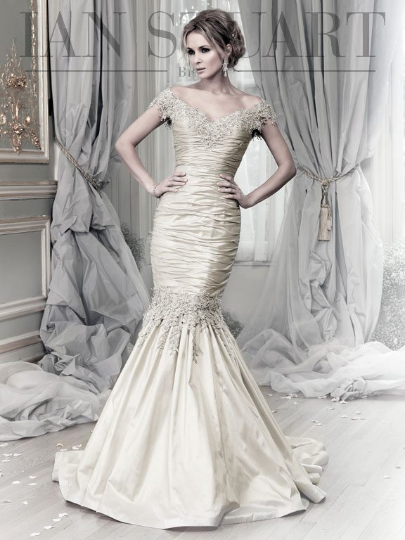 Lady Luke Collections Brunei platinum wedding dress via bmodish