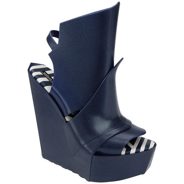 Gareth Pugh for Melissa – Model Ascension 3 bmodish