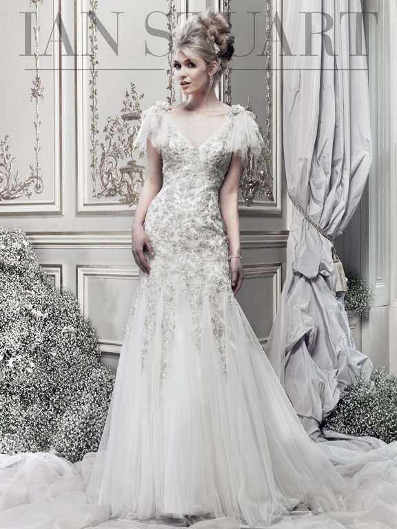 Lady Luke Collections Neroli wedding dress via bmodish