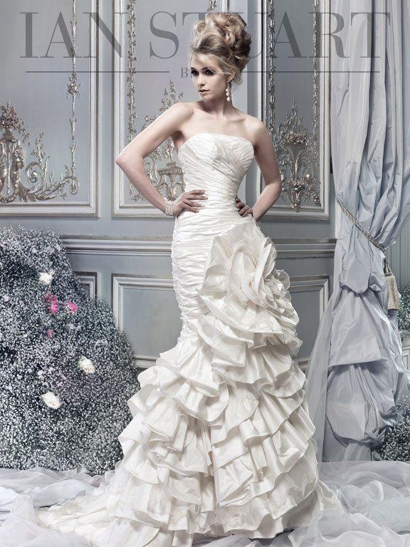 Lady Luke Collections Orchdee ivory wedding dress via bmodish