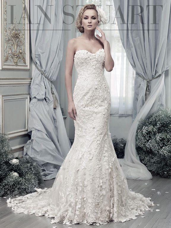 Lady Luke Collections Papillon ivory 2 wedding dress via bmodish