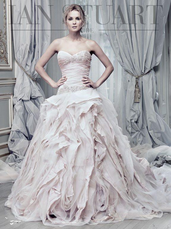 Pracatan-Pale-lilac wedding dress via bmodish