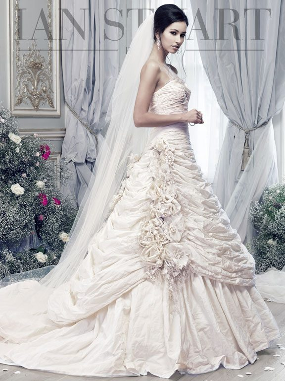 Lady Luke Collections Rosa Montana ivory wedding dress via bmodish