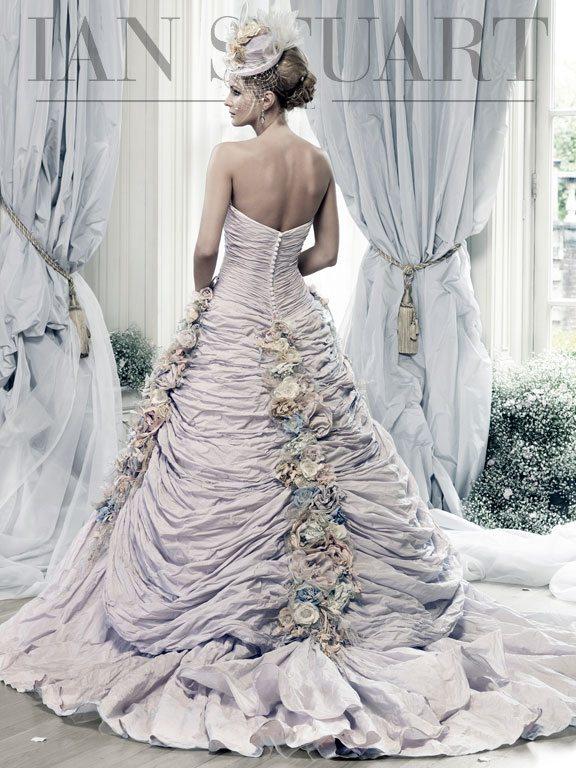 Rosa_Montana-pale-lilac-back wedding dress via bmodish