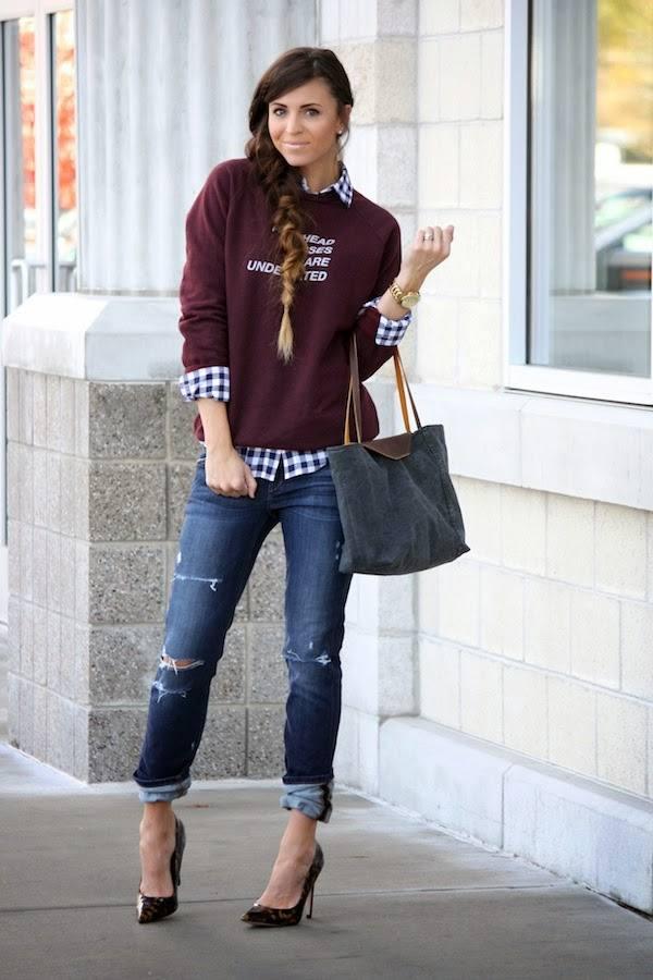 burgundy sweatshirt fall outfit bmodish
