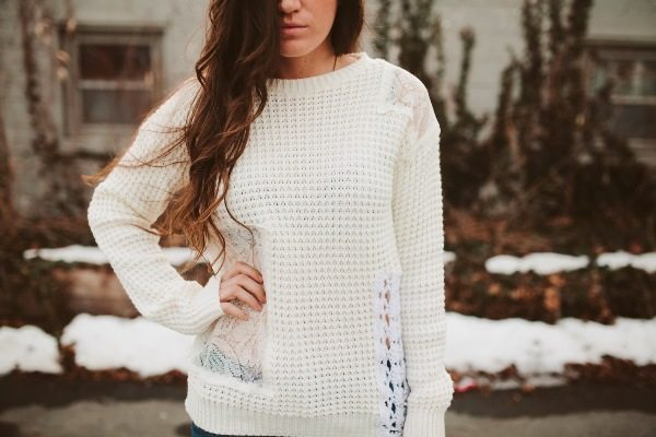 crochet lace knit sweater diy tutorial via bmodish