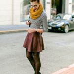 how to wear leather mini skirt in fall and winter