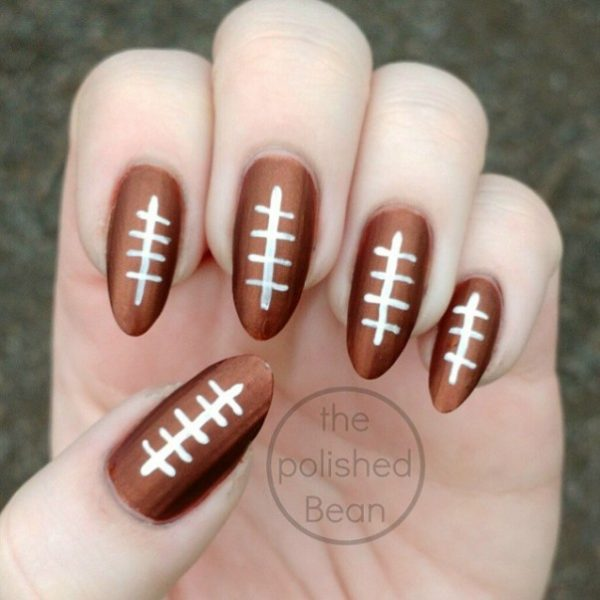 simple amazing super bowl nail art bmodish