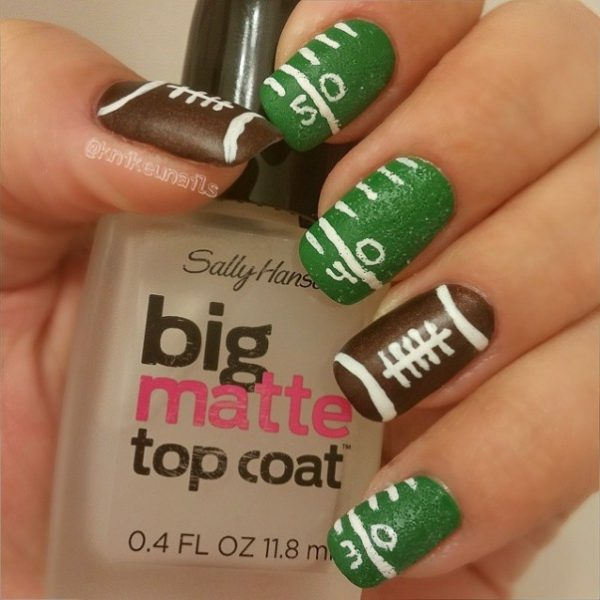 super bowl mani bmodish - Ready For Super Bowl: 26 Amazing Football Nail Art Designs - Be Modish