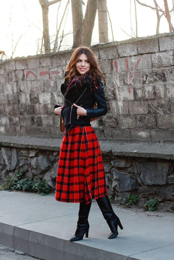 how to wear midi tartan skirt in winter