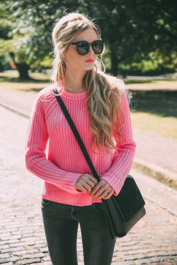 simple pink sweater with skinny jeans bmodish