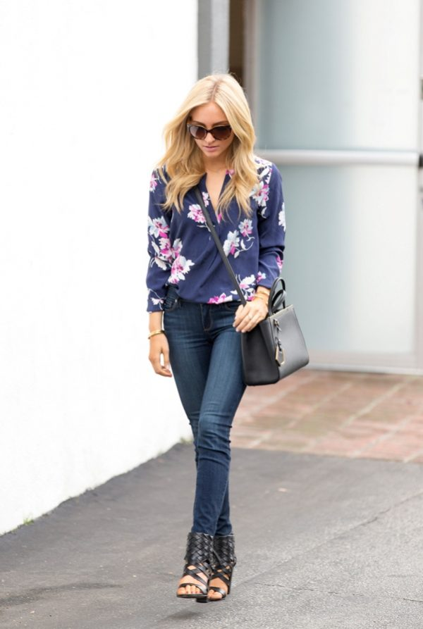 Silk floral top with skinny jeans spring outfit bmodish