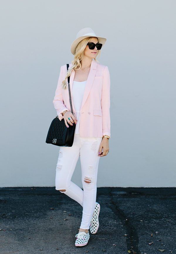 how to wear pink blazer in spring