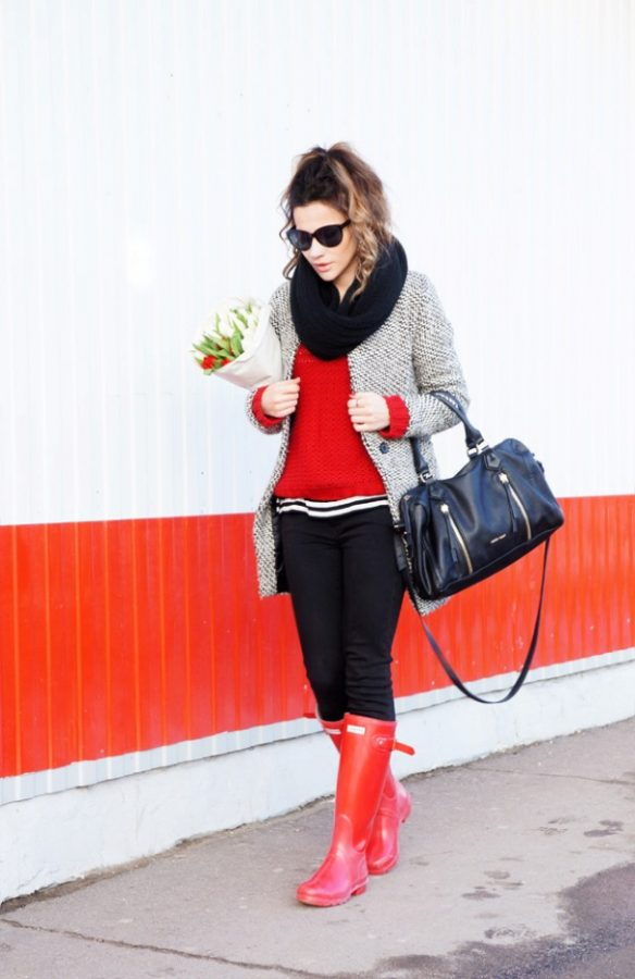 look-with-red-hanter-boots-late winter outfits bmodish