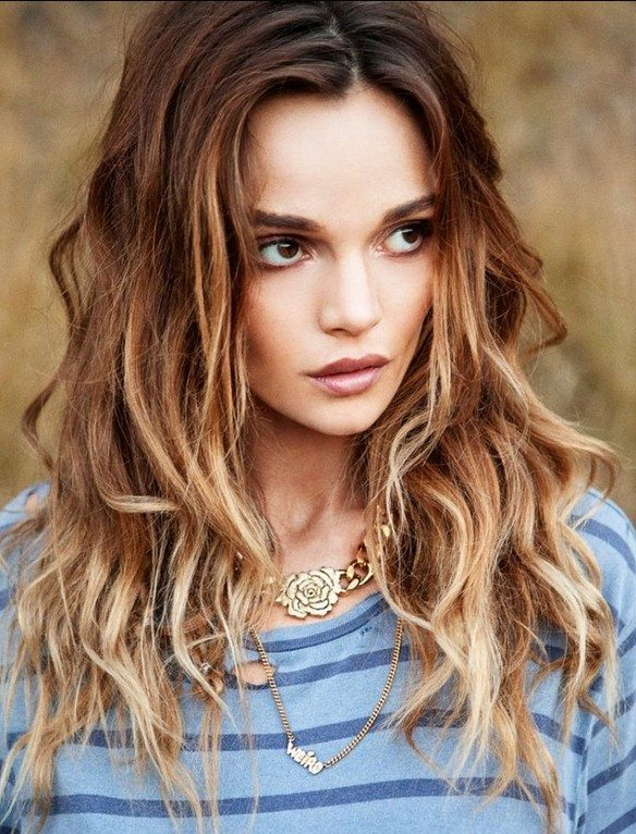Best-Long-Hairstyles-for-2015-Ombre-Wavy-Hair bmodish