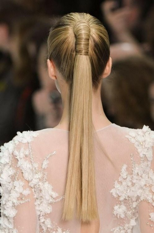elegant sleek ponytail bmodish