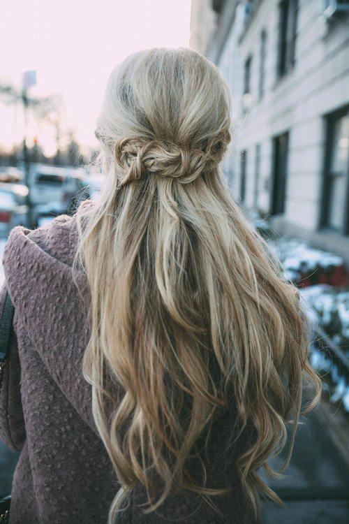 long blonde wavy hair bmodish