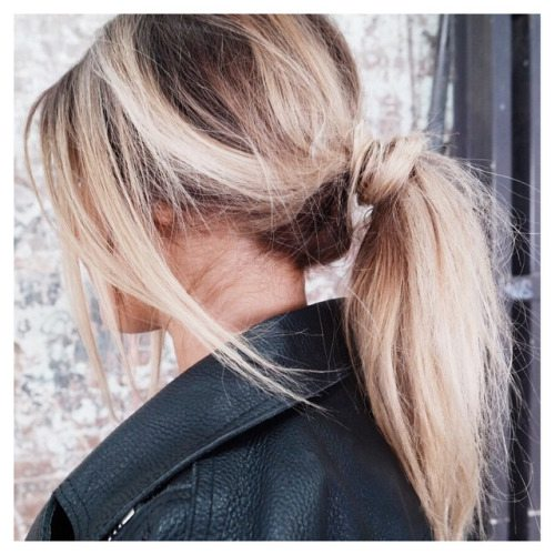 simple cute messy ponytail bmodish