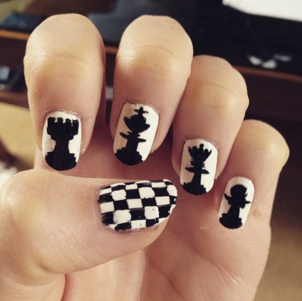 chess black white nails bmodish