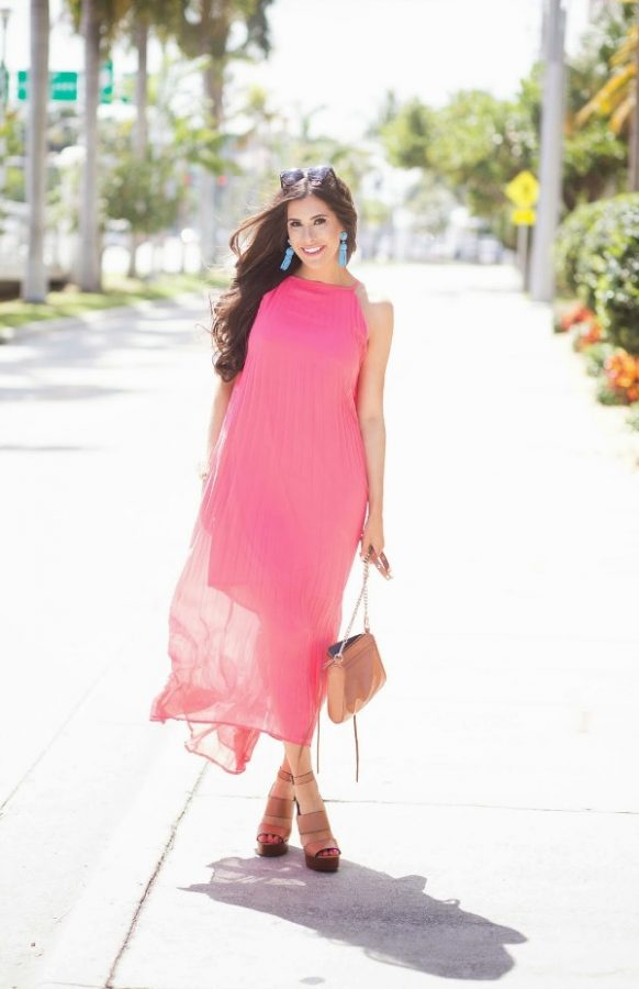 chicwish pink pleated maxi dress outfit